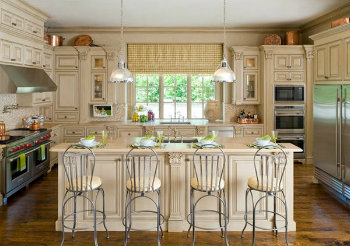 Remodel Home Building: Bring a French Theme into Your Kitchen
