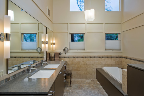 Custom Home Building: How to Effectively Light Your Bathroom