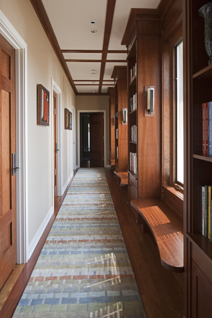 Custom Home Building: How to Choose an Elegant Hallway Design