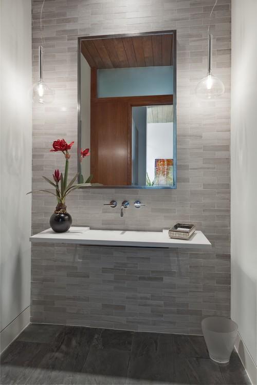 Why You Should Consider a Minimalist Bathroom Design