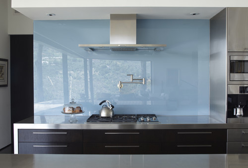 Add a Beautiful Glass Backsplash to Your Kitchen Design